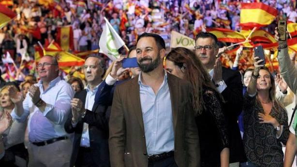 Un sondeo sitúa ya a Vox como quinta fuerza política en España