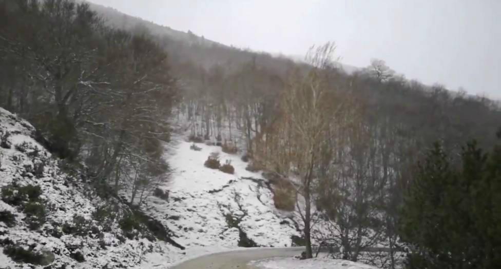 La nieve deja en la Ibérica riojana una imagen invernal en plena primavera