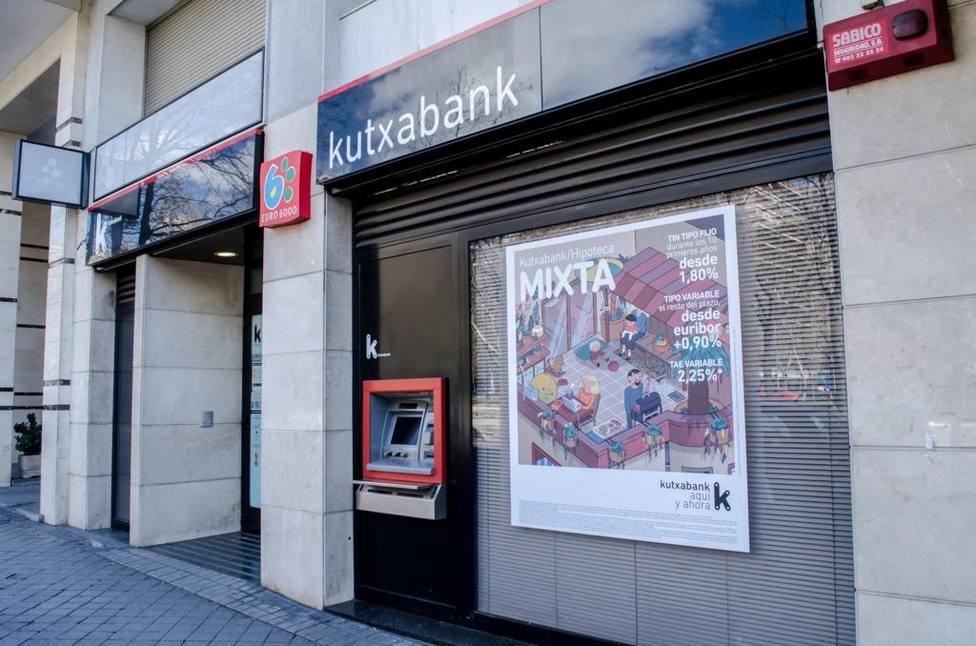 (AMP) Kutxabank afirma que el requisito de fondos propios de la JUR está alineado con su plan estratégico