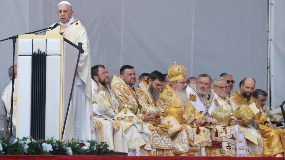 El Papa durante el Regina Coeli en Rumanía
