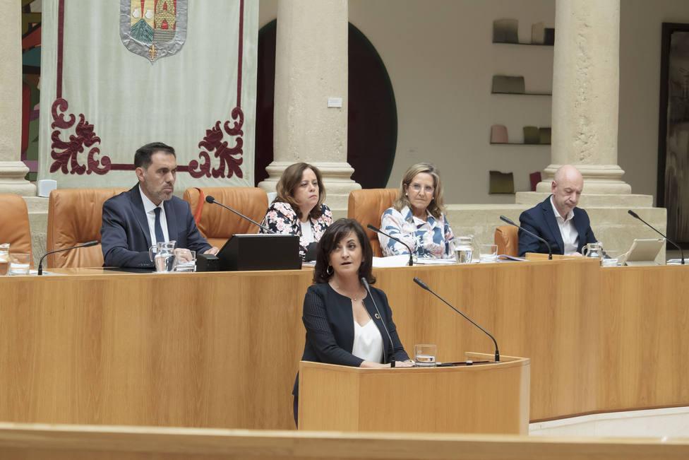 Andreu (PSOE) encara su tercer debate de investidura en La Rioja con la tranquilidad de contar con apoyos suficientes