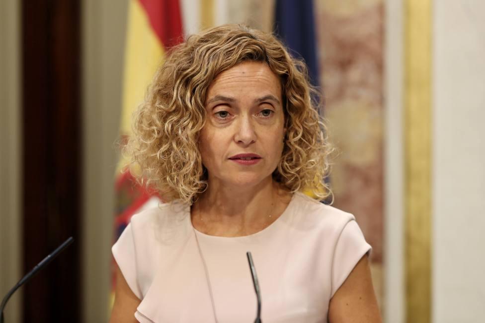 Batet recuerda a los diputados la prohibición de tomar imágenes privadas en el Congreso, tras la foto de Iglesias-Rivera