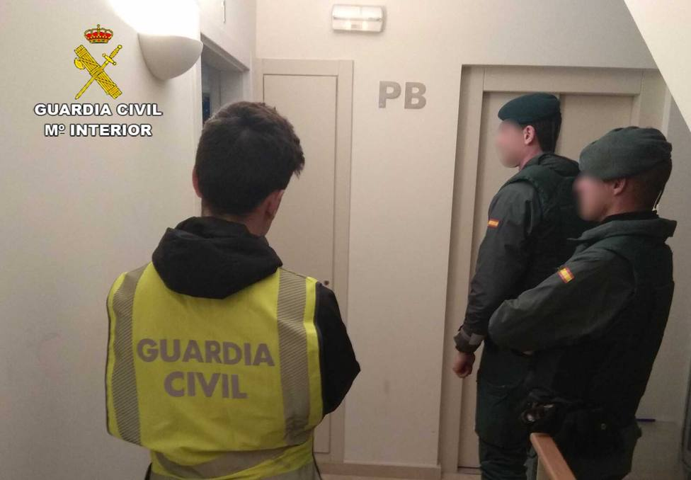 Desarticulan en Menorca una organización que introducía droga a través de mujeres prostituidas