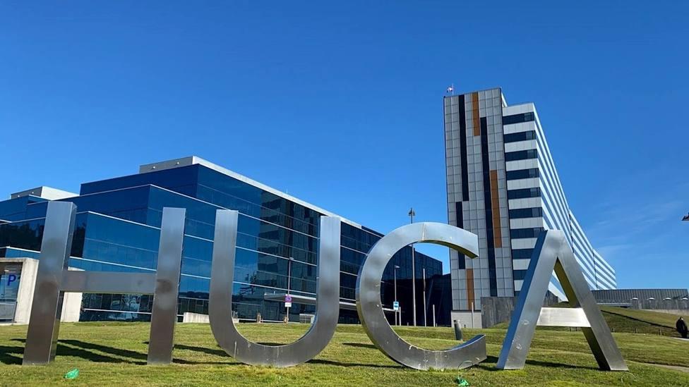 Foto exteriores del HUCA (Hospital Universitario Central de Asturias)