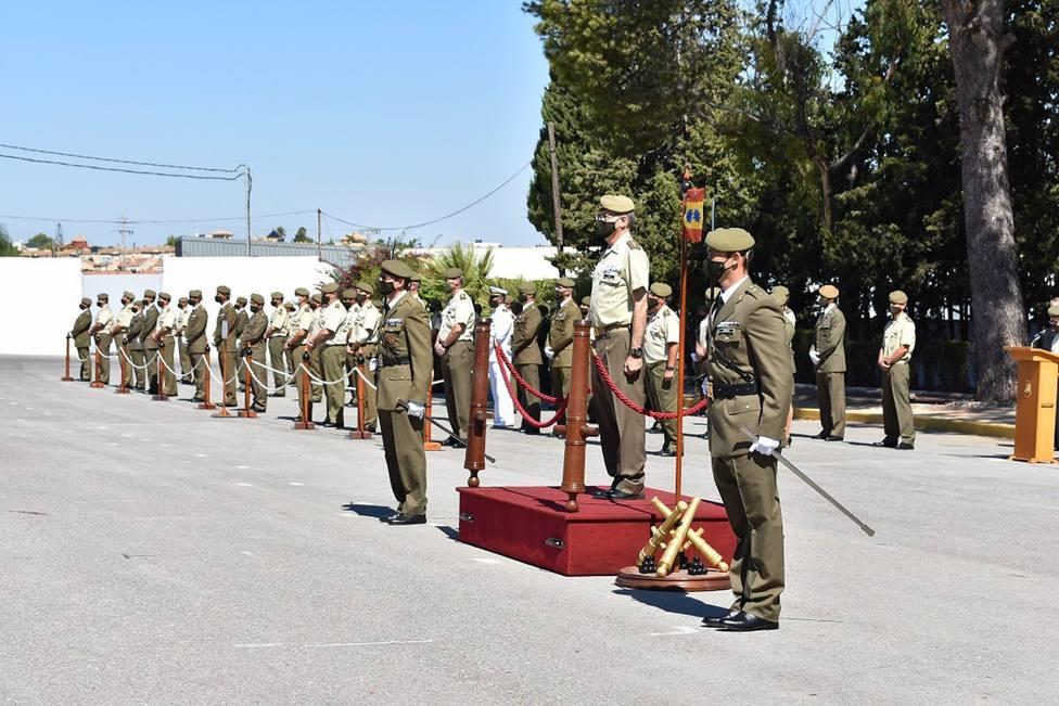 El grupo de Artillería Antiaérea ASPIDE I/73 efectúa el relevo de su teniente coronel jefe