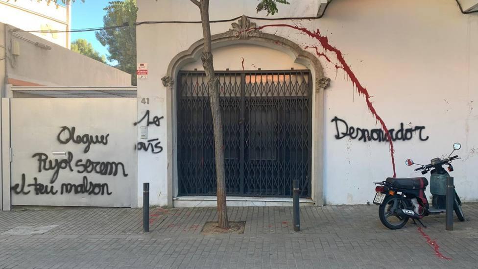 El domicilio de Oleguer Pujol amanece con pintadas amenazadoras, según pública BTV