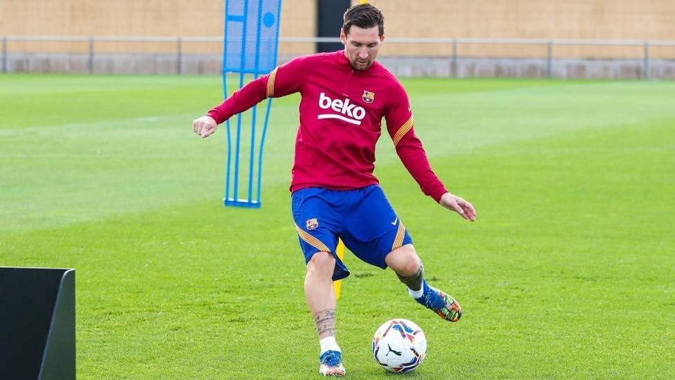 Leo Messi trabaja en el día libre del FC Barcelona