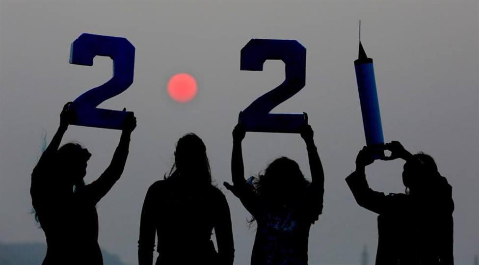 El mundo comienza a dar la bienvenida a 2021