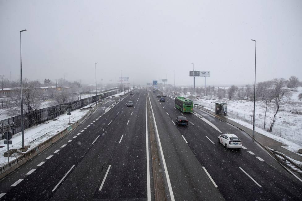 Filomena deja nevadas históricas que obligan a cortar carreteras y suspender trenes en todo el país