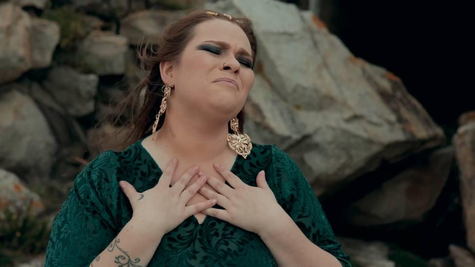 Irene Caruncho durante una de las secuencias del vídeo
