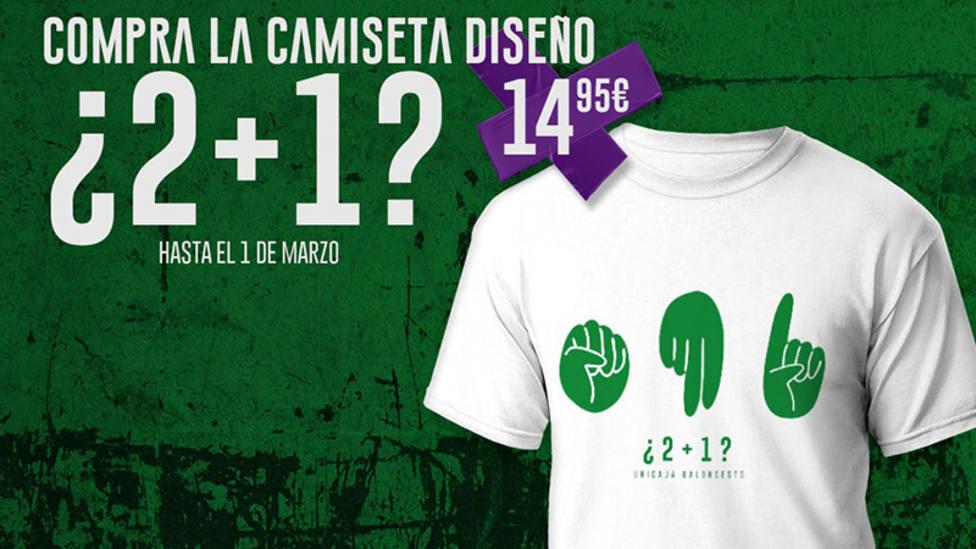 El Unicaja pone a la vente una camiseta recordando el agarrón de Abromaitis en la Copa del Rey