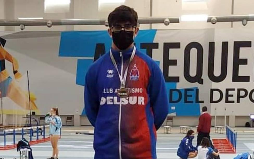 El atleta motrileño Curro Arquellada se proclama campeón de Andalucía sub 18 en lanzamiento de peso