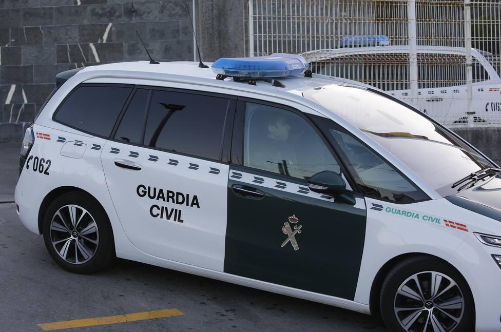 Detenida una embarcación con 15 inmigrantes a bordo rumbo a Cádiz