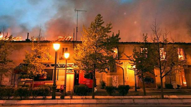 Un incendio destruye el Palacio de Osuna de Aranjuez