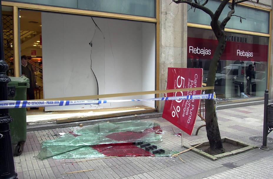 Bestial alunizaje en un local de apuestas de Parla (Madrid)