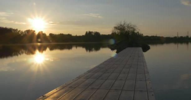 Sol en el río
