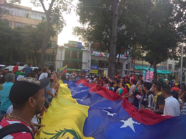 Los opositores en Colombia llaman a la mayor concentración de la historia en la frontera el 23 de febrero