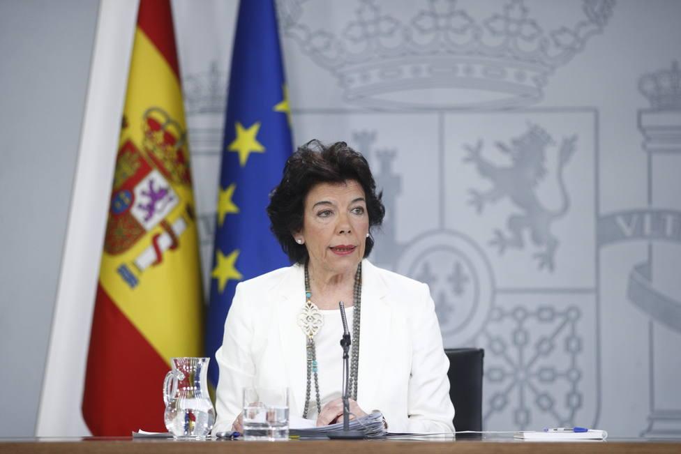 El Gobierno calcula que habrá datos significativos de las elecciones municipales a partir de medianoche