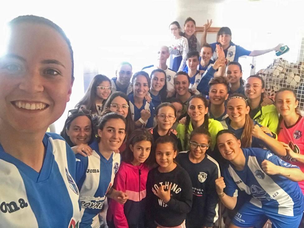 La UD Águilas Femenina golea al filial del Lorca Féminas y sigue líder.