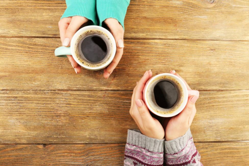 El desastroso error que cometes cada mañana y que arruina tu café