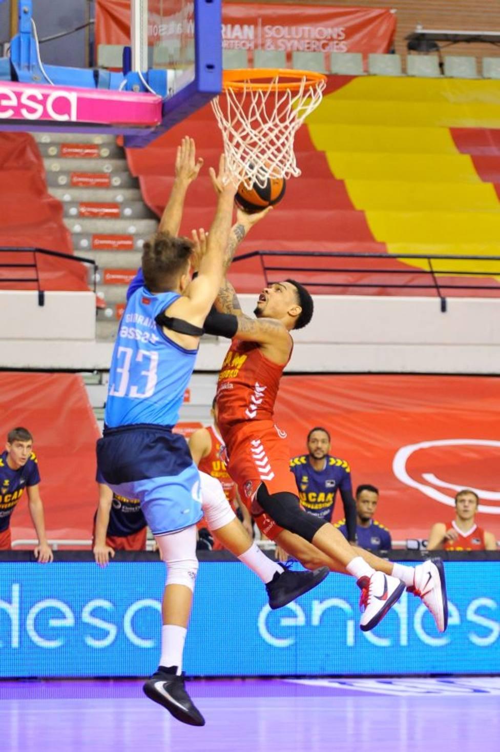 Jordan Davis jugó su mejor partido en UCAM CB
