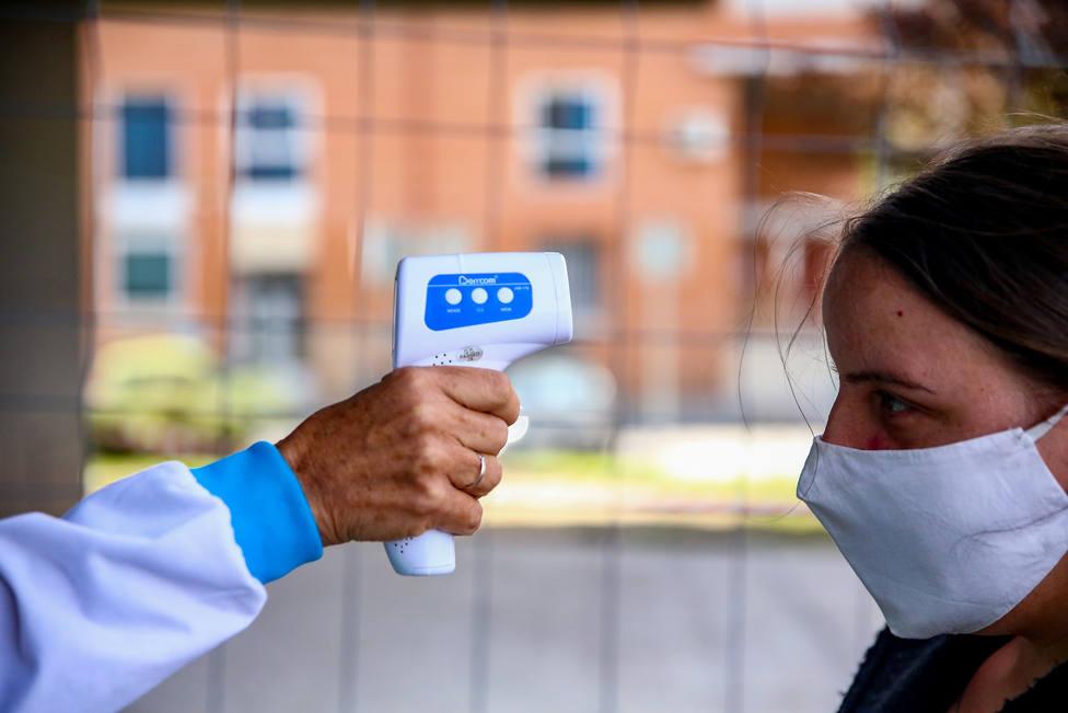 Madrid notifica 50 muertes y 952 contagios en un día y suma 4.342 a la serie histórica