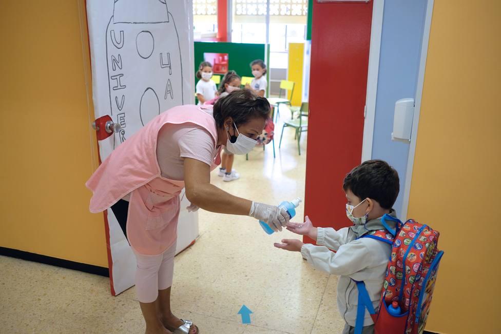 Aumentan las intoxicaciones por geles hidroalcohólicos en niños por pandemia