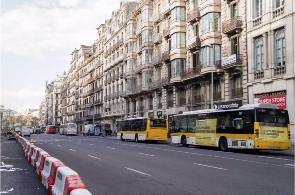 Barcelona trasladará este 8 de febrero 11 de las 15 líneas con origen y final en ronda Universitat