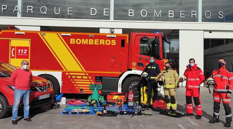 Ayuntamiento de Almuñécar y Diputación Provincial de Granada dotan de nuevos materiales a los Bomberos