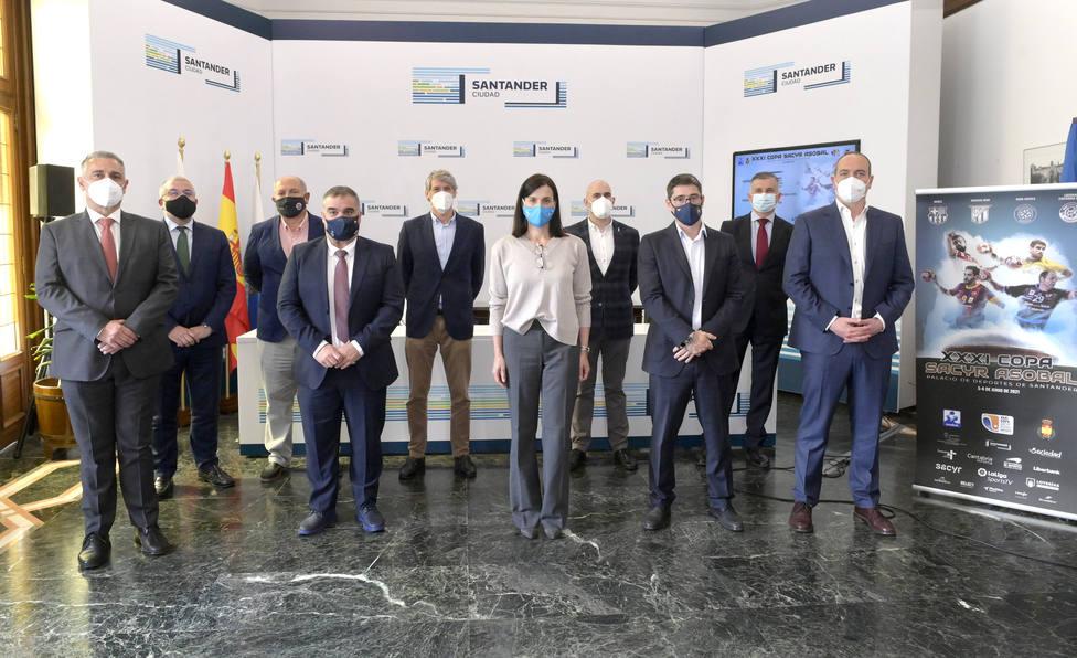 El sorteo de la 31ª Copa Asobal se llevó a cabo en el Ayuntamiento de Santander