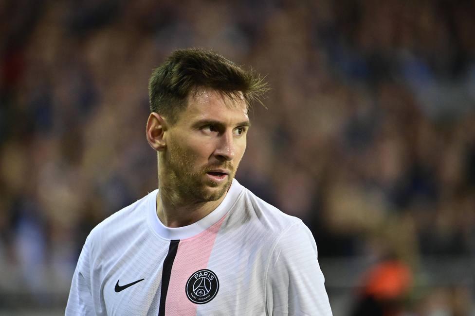 Messi tiene síntomas de una contusión ósea y es baja para el próximo partido