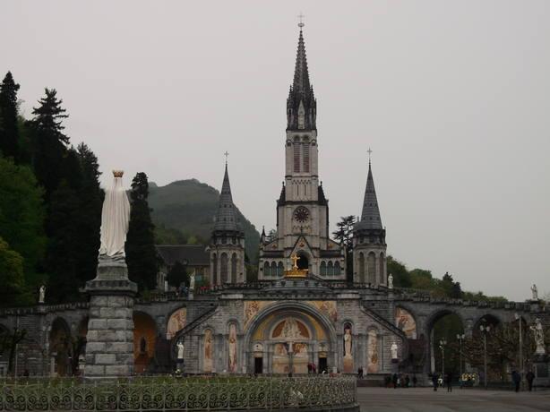El Santuario de Lourdes