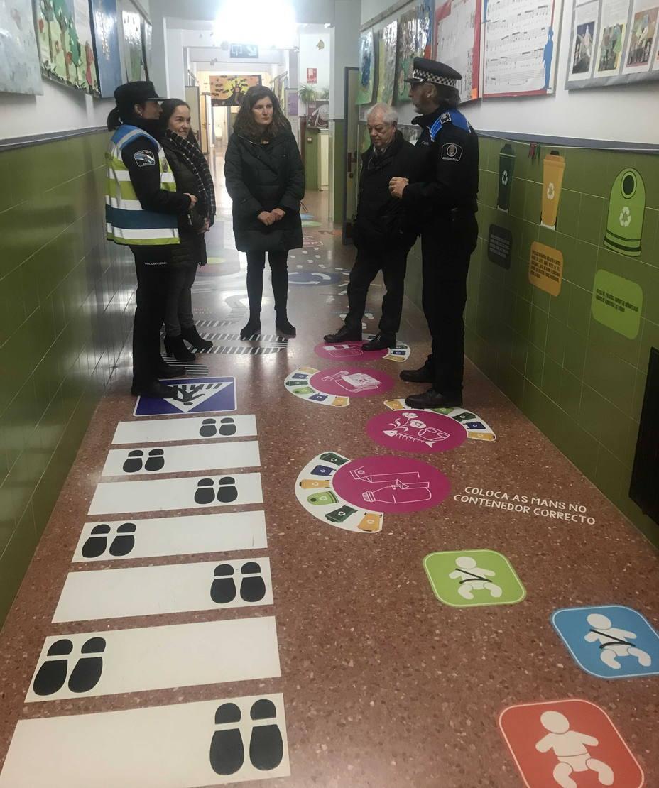 Visita de la alcaldesa de Narón a los caminos escolares seguros
