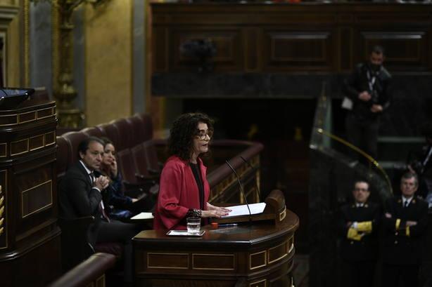 (AMP) Montero recalca a ERC que si exigen hablar del derecho de autodeterminacion no habrá Presupuestos