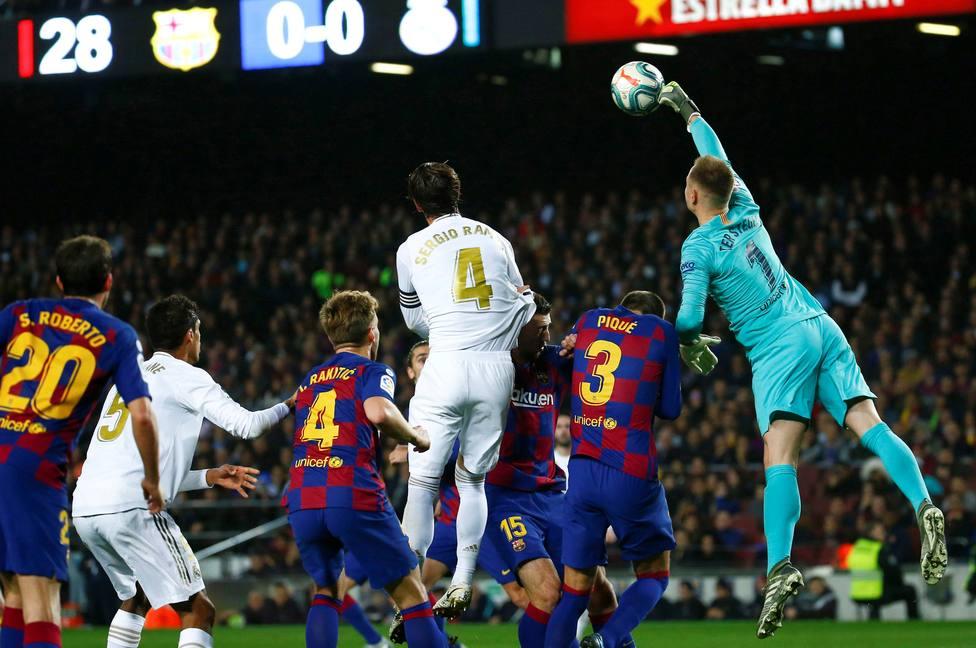 Horario y dónde ver y escuchar el Clásico Real Madrid - Barcelona