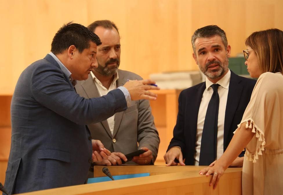 Cassá junto al portavioz del PP en Diputación, Fran Oblaré.