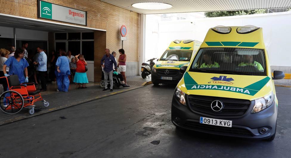 Siguen creciendo las hospitalizaciones en Andalucía: 45 ingresos más, que eleva la cifra a 493 pacientes