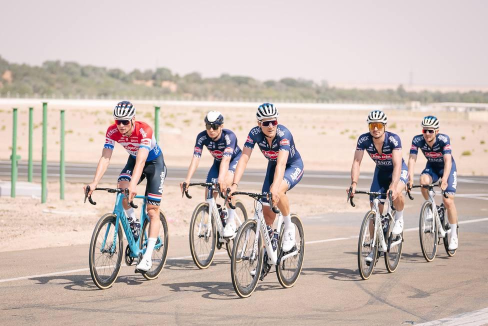 Ciclistas Alpecin
