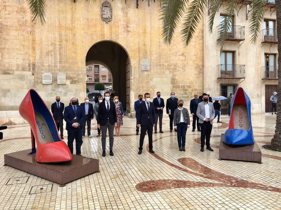 Encuentro en Elche de municipios del calzado