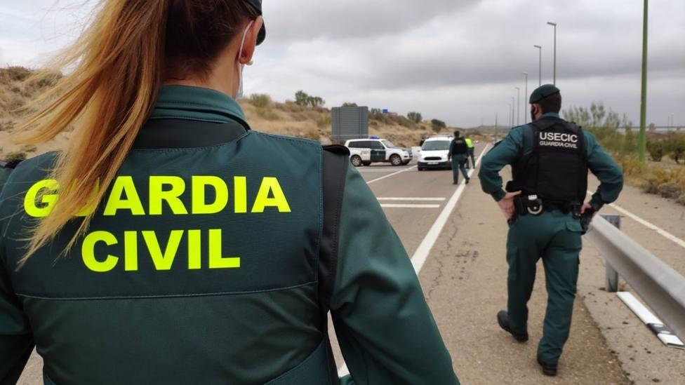 Cvirus.- Control en estaciones, accesos y vías sin incidencias en las primeras horas del cierre perimetral de Granada