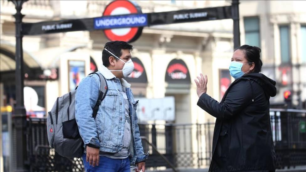 Reino Unido notifica 2.027 contagios y 7 muertes por coronavirus en las últimas 24 horas