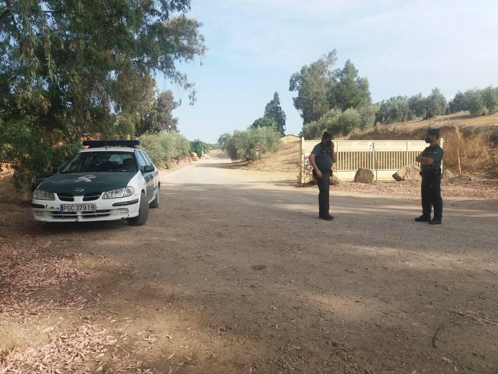 Se suma una bomba extractora para hallar al obrero sepultado en la cantera de Villanueva de la Reina