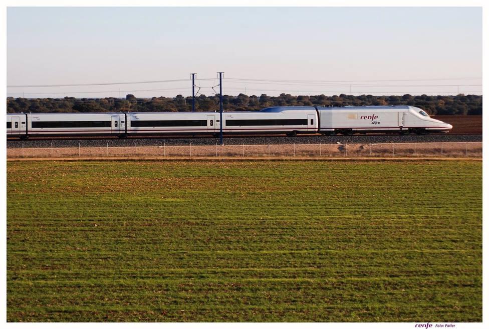 Renfe recupera siete trenes AVE Córdoba-Madrid y otros dos en la relación con Barcelona desde este lunes