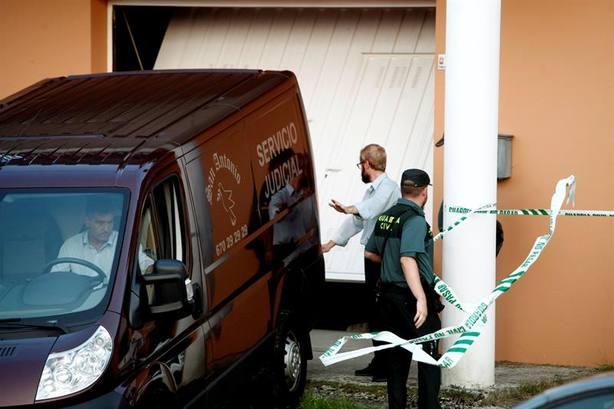 El acusado de matar a su mujer en A Coruña le disparó tres veces por la espalda
