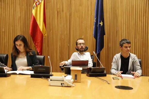 Unidos Podemos exigirá en el Congreso limitar el poder de la banca y que devuelva el impuesto hipotecario