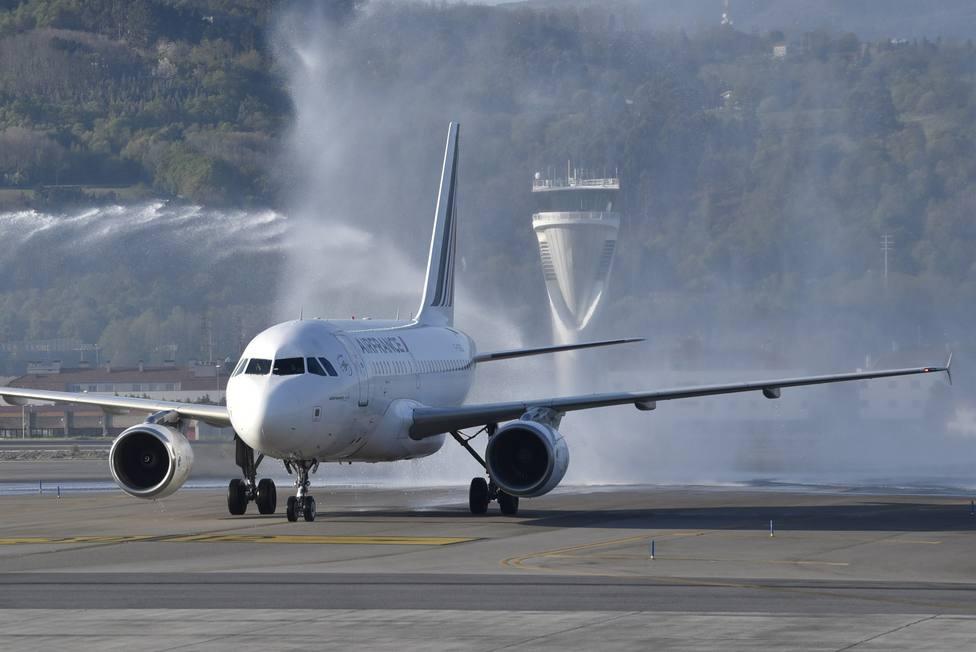 Las partículas de los motores de los aviones pueden afectar a las vías respiratorias