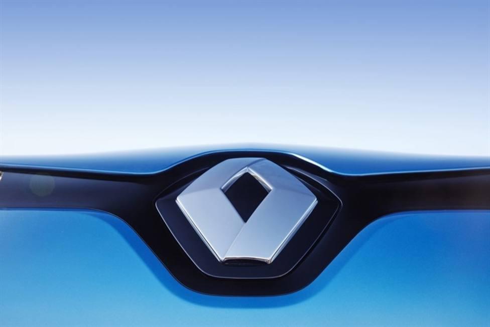 Renault apoyará cambios corporativos en Nissan si se da entrada a Senard y Bolloré en los nuevos comités