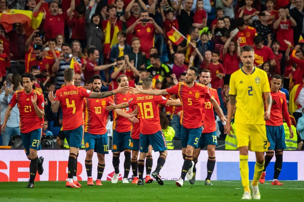 Bélgica sigue al frente del ranking FIFA y España sube al séptimo puesto