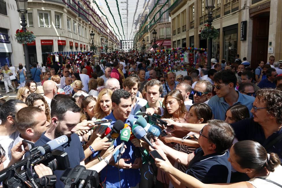 Moreno acusa a Sánchez de despreciar a Andalucía al ofrecer Algeciras al Open Arms sin dirigirse a la Junta