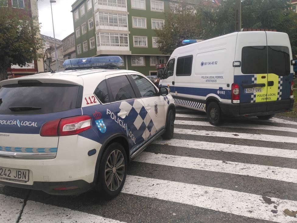 Foto de archivo de vehículos de la Policía Local de Ferrol